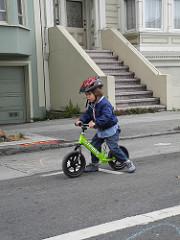 Säkerheten vid Cykling på Balanscykel  6a4073436fbec